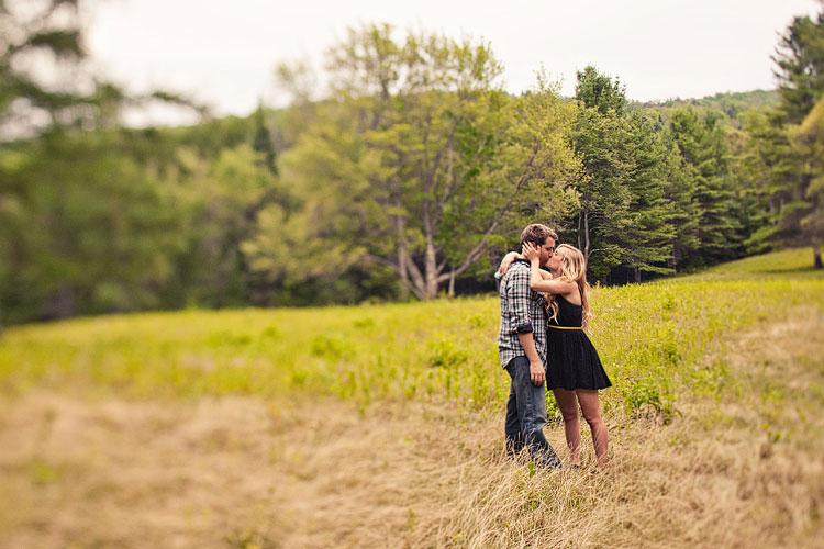 15_super-fun-happy-engagement-photography-mark-brooke-photographers-new-york