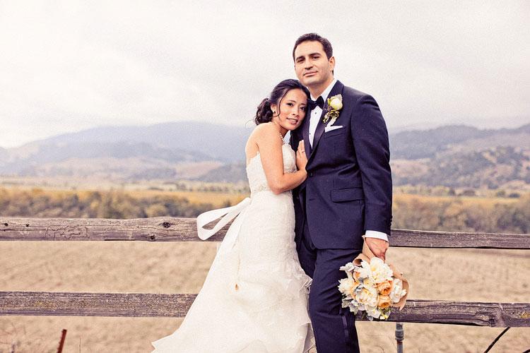 18_super-fun-happy-Los-Angeles-Natural-history-museum-wedding-photos
