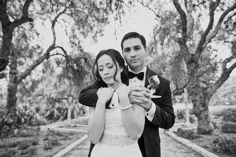 24_super-fun-happy-Los-Angeles-Natural-history-museum-wedding-photos