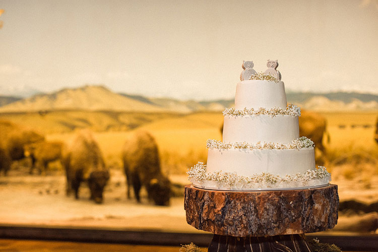 49_super-fun-happy-Los-Angeles-Natural-history-museum-wedding-photos