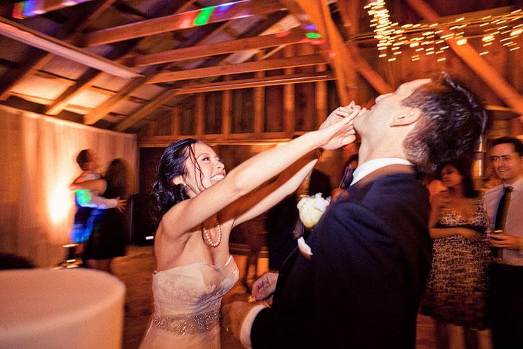 56_super-fun-happy-Los-Angeles-Natural-history-museum-wedding-photos