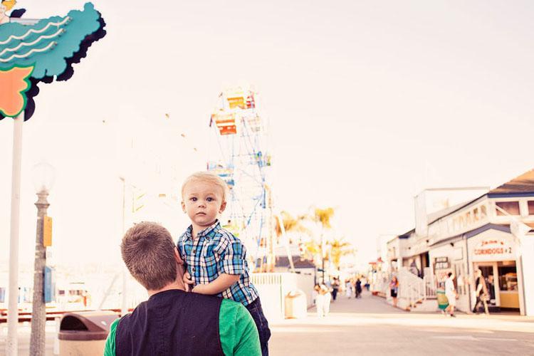 27-fun-happy-family-photography-mark-brooke